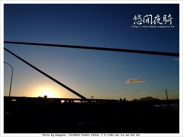 光復橋上看夕陽