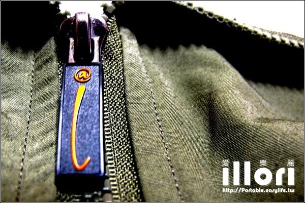 illori愛麗樂。保暖防潑水夾克