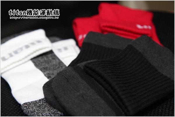 titan機能運動襪。功能慢跑襪、全方位運動襪、衝擊運動襪