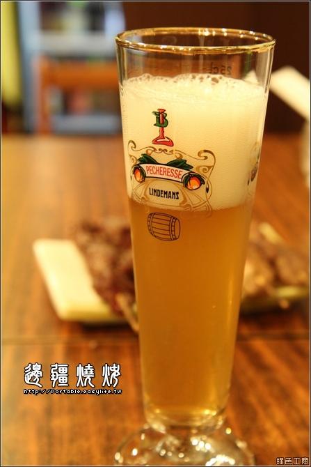 台南燒烤。邊疆燒烤。比利時啤酒