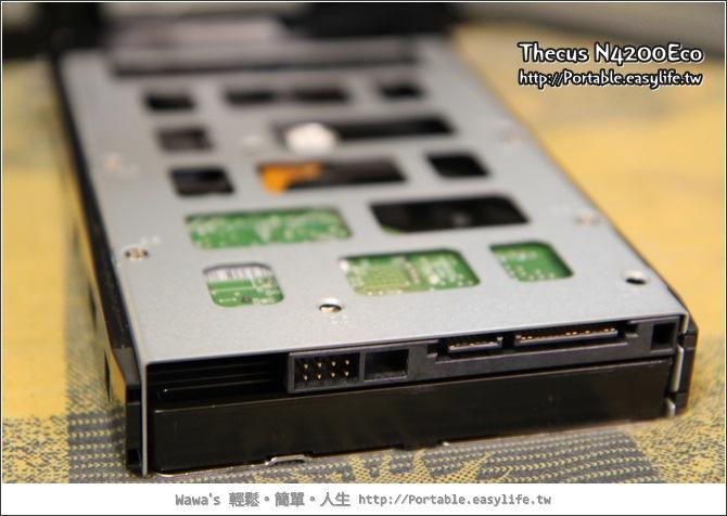 Thecus N4200Eco 開箱文