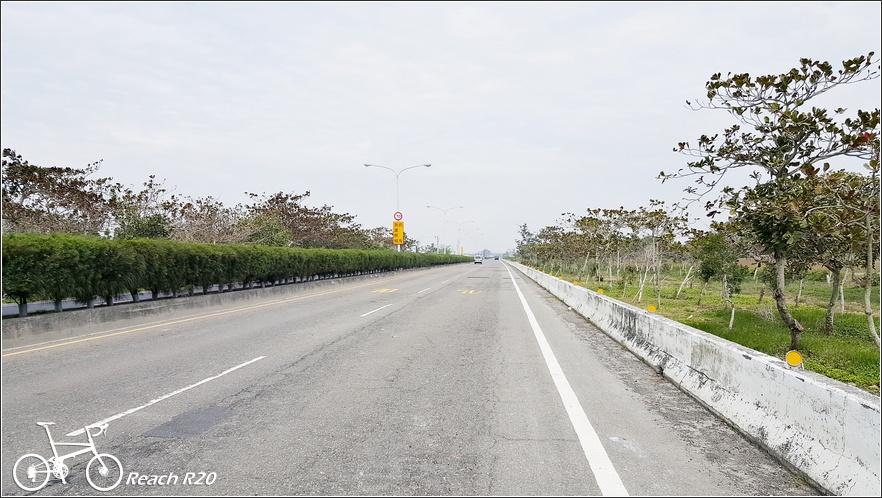 單車台17縣北門遊客中心,七股鹽山