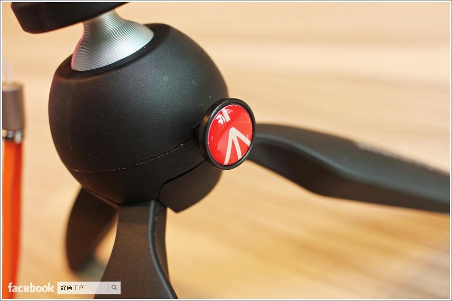 ASUS Mini Tripod 專用隨身腳架 + ZenFone Zoom酷炫橘真皮背蓋