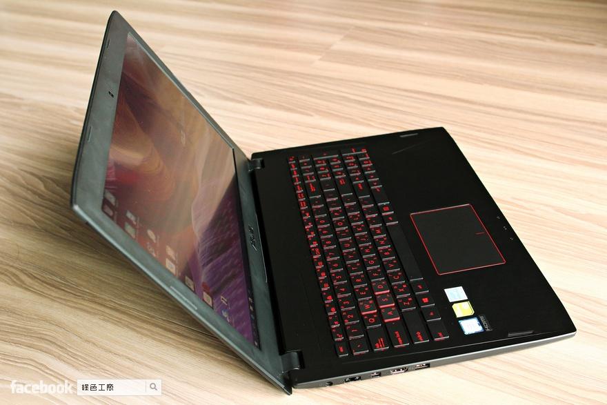 ASUS FX502 遊戲筆電開箱評測