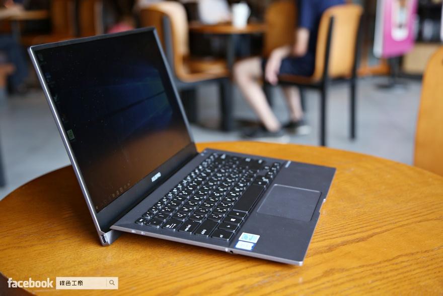 ASUSPRO B9440UA 世界最輕 14 吋商務筆記型電腦