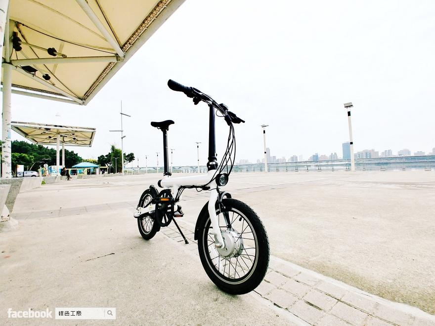 騎乘體驗 QiCYCLE 騎記電助力折疊自行車