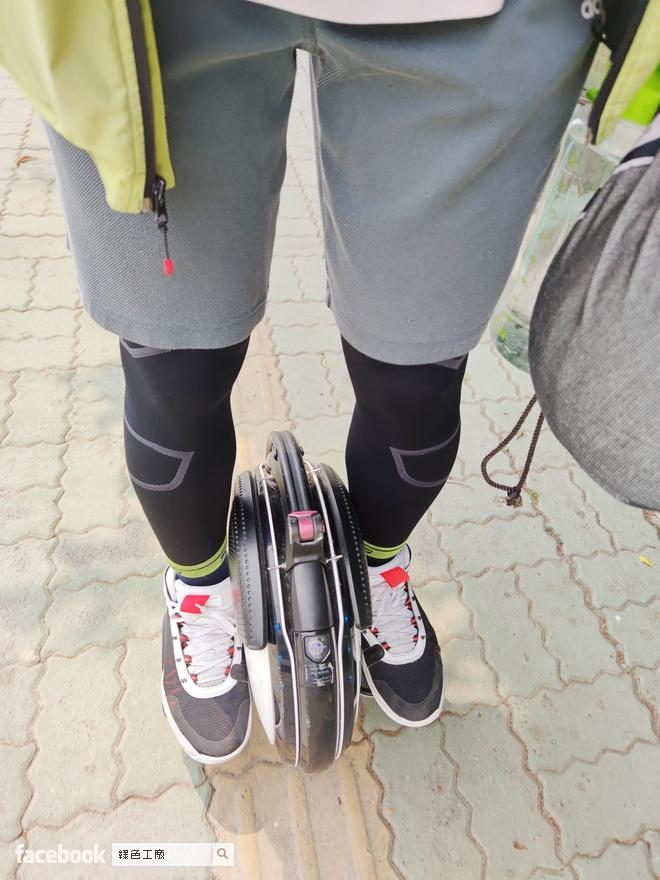 sNug 運動壓縮機能襪