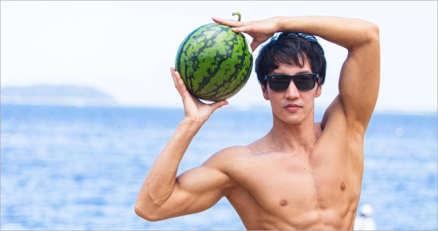 マッスルプラス 超搞笑日本肌肉猛男寫真素材,讓你做個人或商業用途都可以!