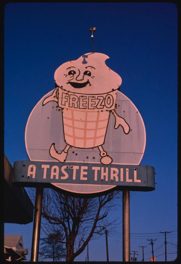 冰淇淋復古圖片下載