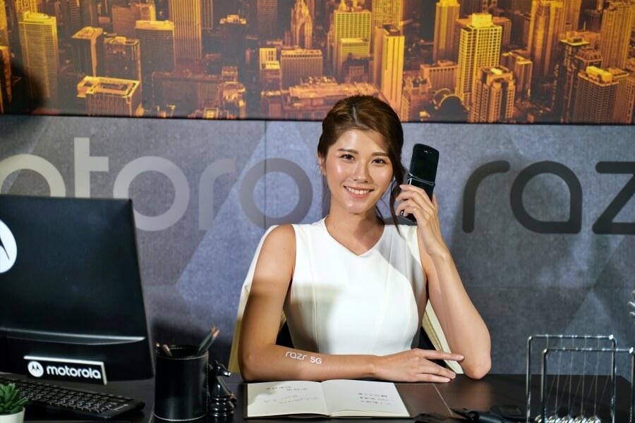 Motorola razr 5G 折疊壽命